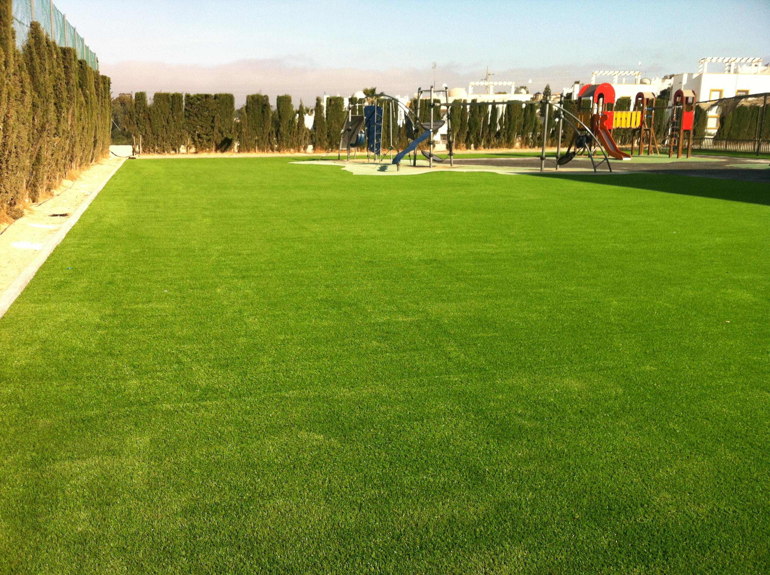 Poner c sped artificial en 1200 m2 instaladores - Cesped artificial por metros ...