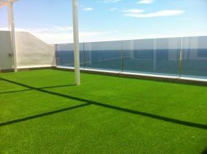 Césped artificial para terraza en Alicante