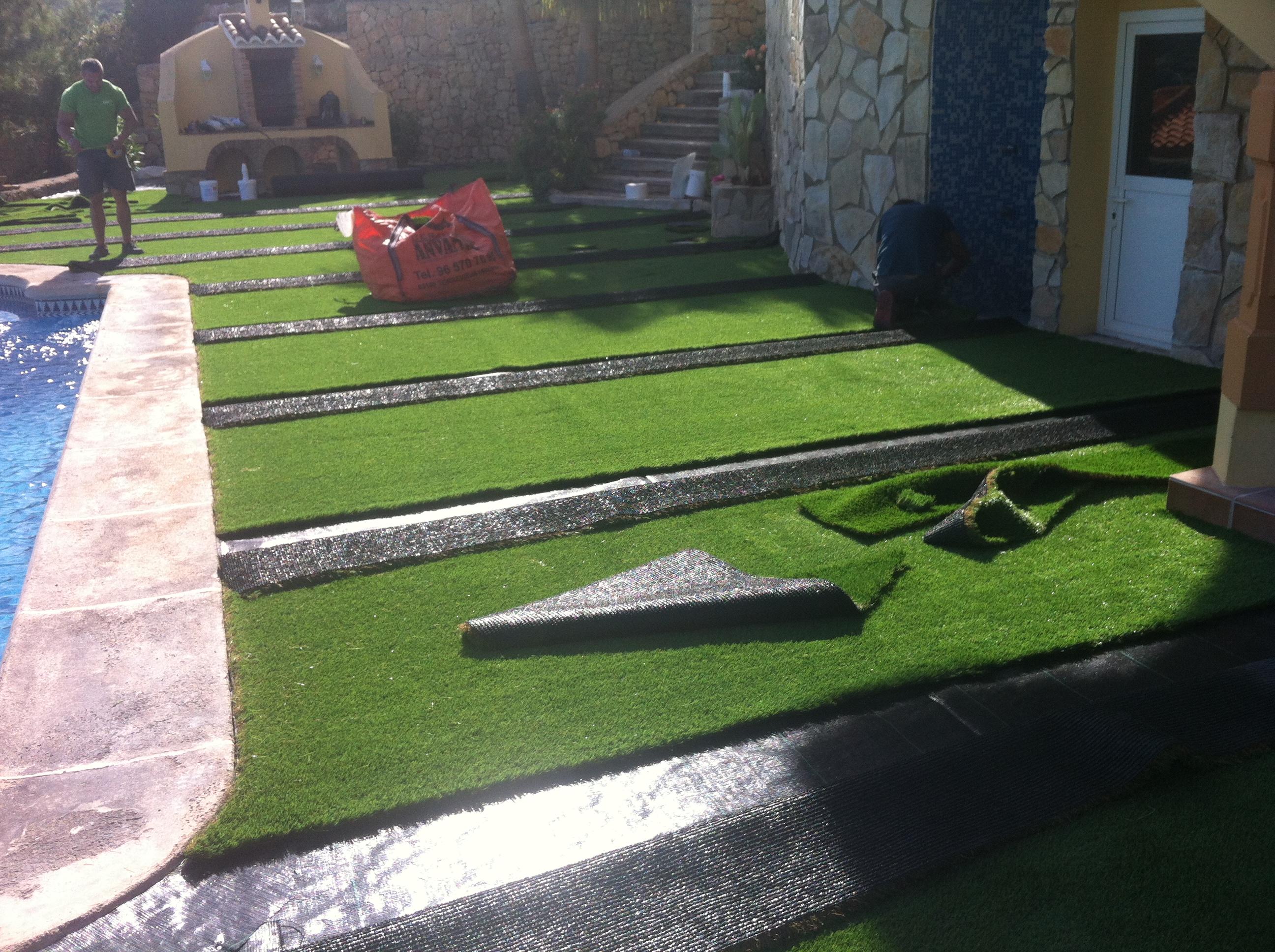 Instalaci n de c sped artificial en denia instaladores for Drenaje de jardin