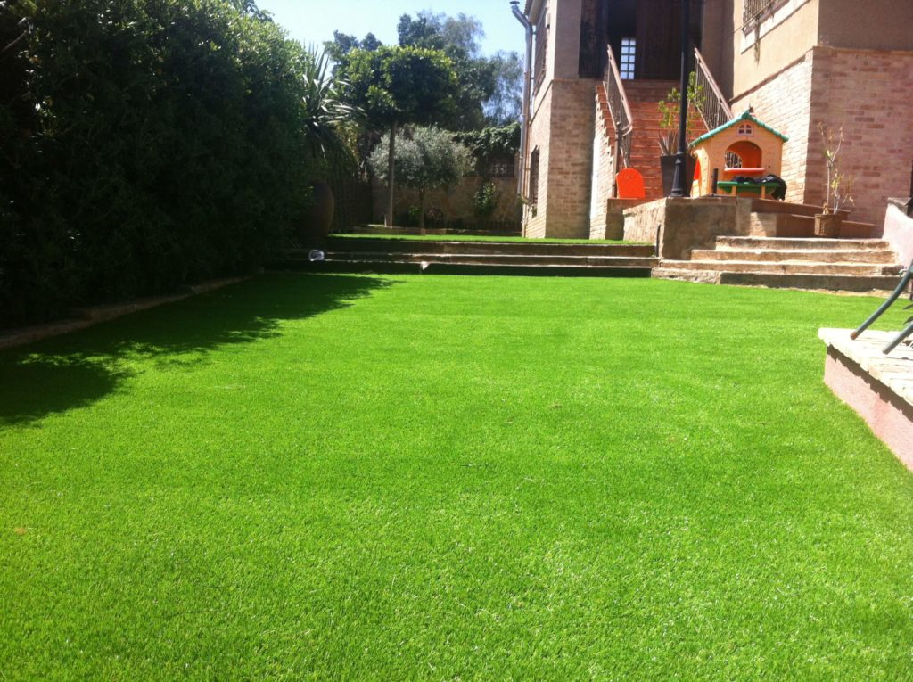 Q e es el c sped artificial instaladores evolution grass - Mundo cesped artificial ...