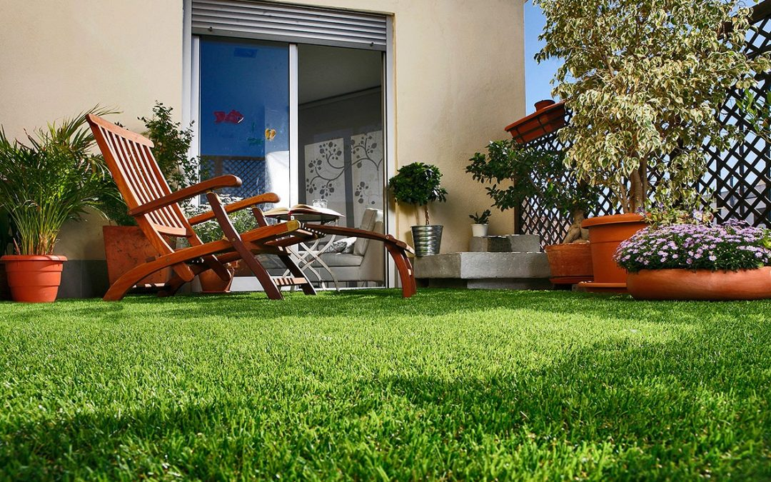 Artificial or natural grass? Find out about its advantages and disadvantages